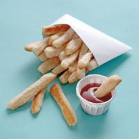 Frites-ketchup-Le-gouter-du-1er-avril
