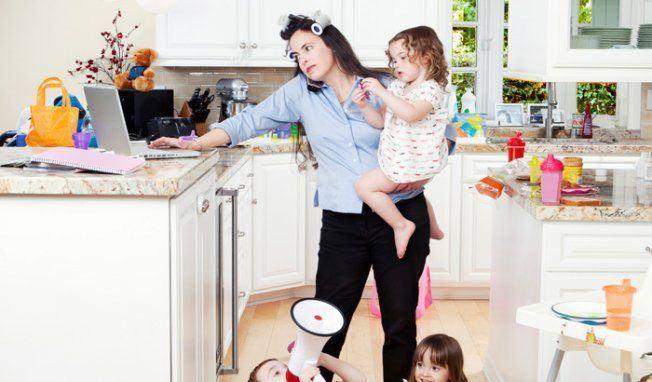 Le cadeau original pour les jeunes parents : quelques heures de baby sitting ou de ménage!