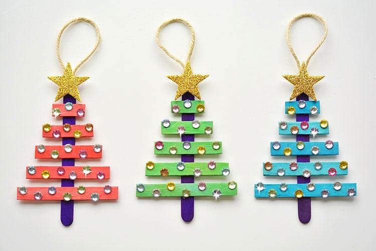 idées bricolage Noël, sapins en bâtonnets