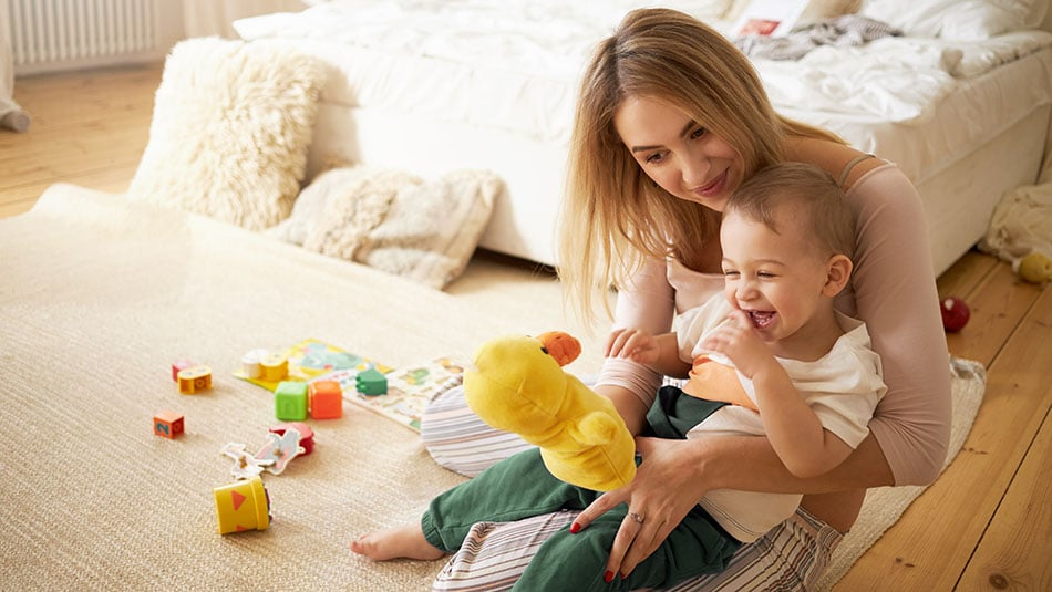 Crèche ou garde à domicile - Quel mode de garde d'enfant choisir ?